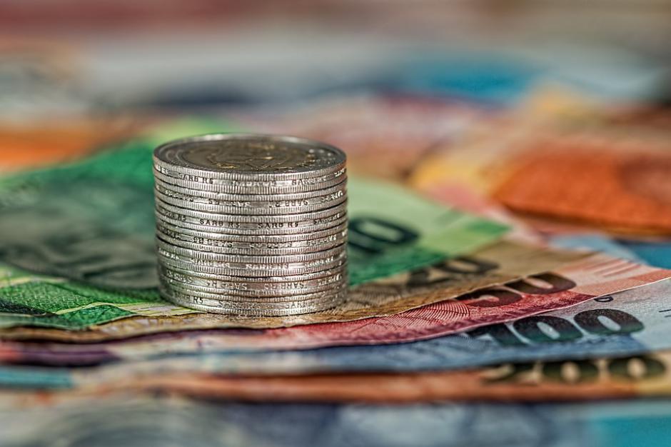FINANCES > 50 % à 60 % des services des impôts aux particuliers et des entreprises pourraient être supprimés