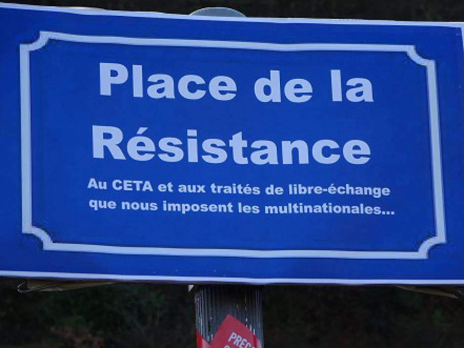 RENÉGOCIATION DU CETA : LES ENGAGEMENTS DE MACRON DÉCHIRÉS